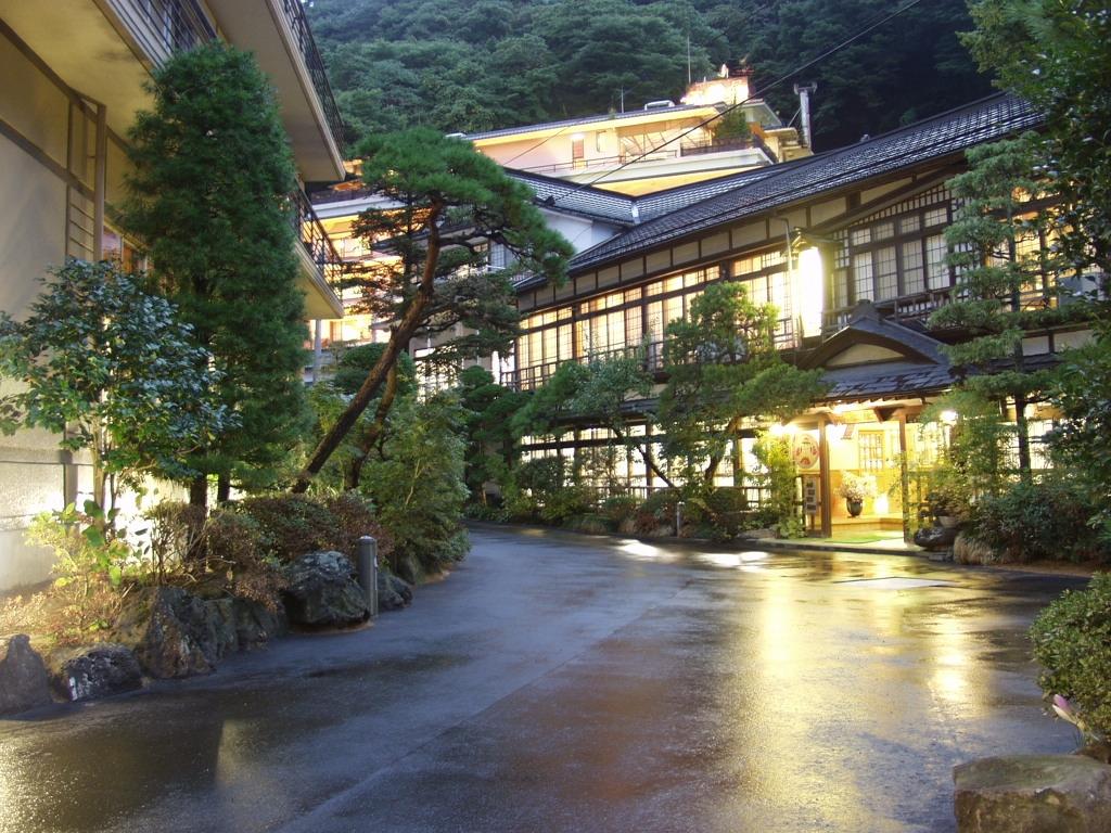 600年以上の歴史を誇る「鎌先温泉」。情緒あふれる建築が魅力の旅館をまとめてご紹介!