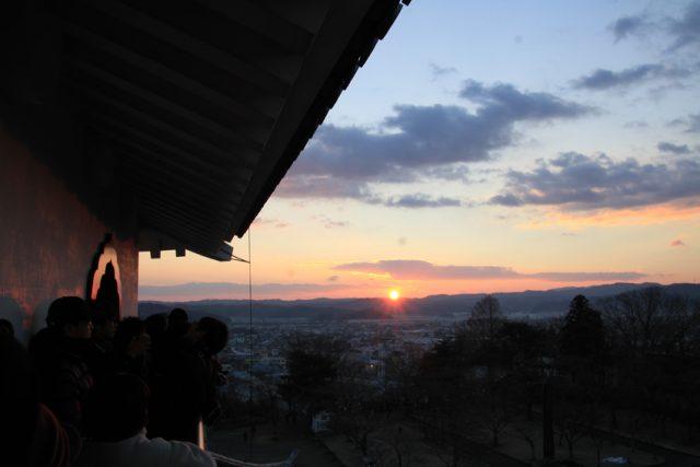 白石城ならでは!年末年始のイベント紹介「除夜の鐘を鳴らす会」と「天守閣から初日の出を拝む会」