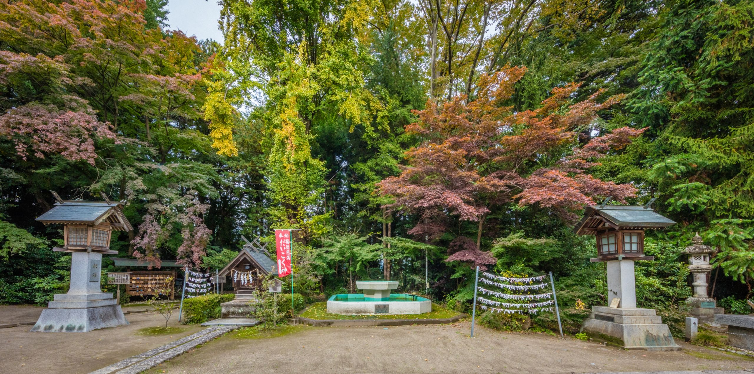 Shinmeisha Shrine