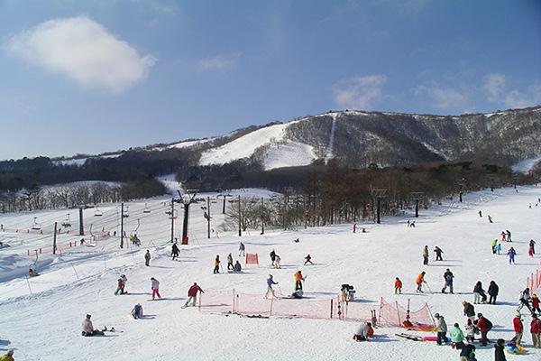 宫城藏王白石滑雪场
