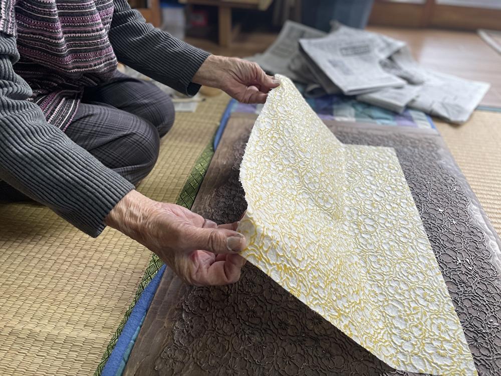 白石這個地方製作的日本傳統紙張